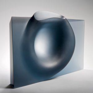 Ashraf-Hanna-Untitled1-2014-1.-Preis-der-British-Glass-Biennale-2015-Stourbridge-Foto-Ester-Segarra